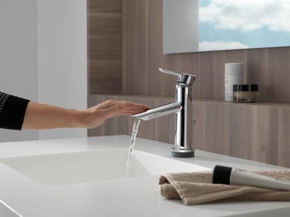 Delta Compel Touch20 Bathroom Faucet Review Model 561t